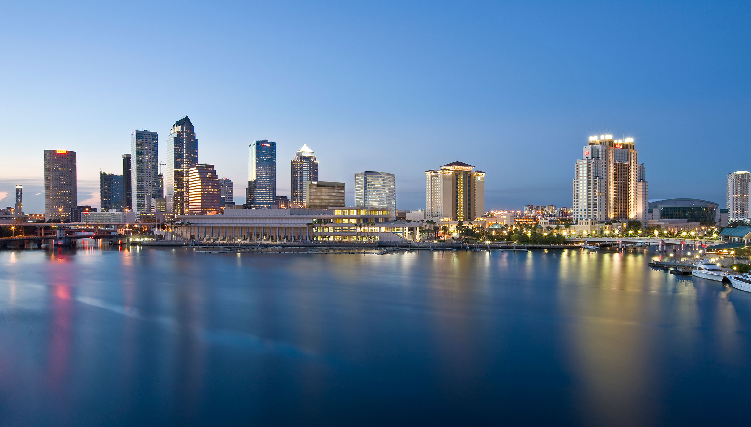 tampa event staffing skyline